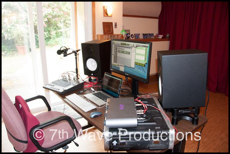 © 7th Wave Productions studio cockpit